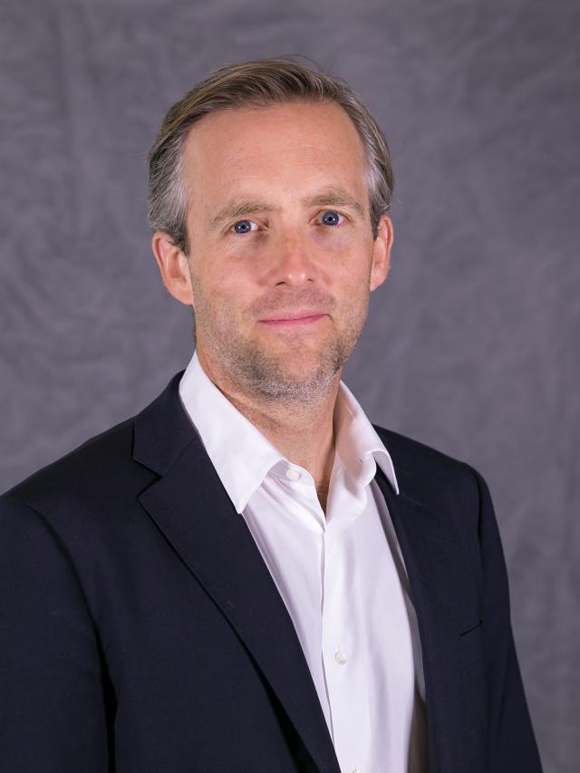 Associate Professor Andrew Cruse