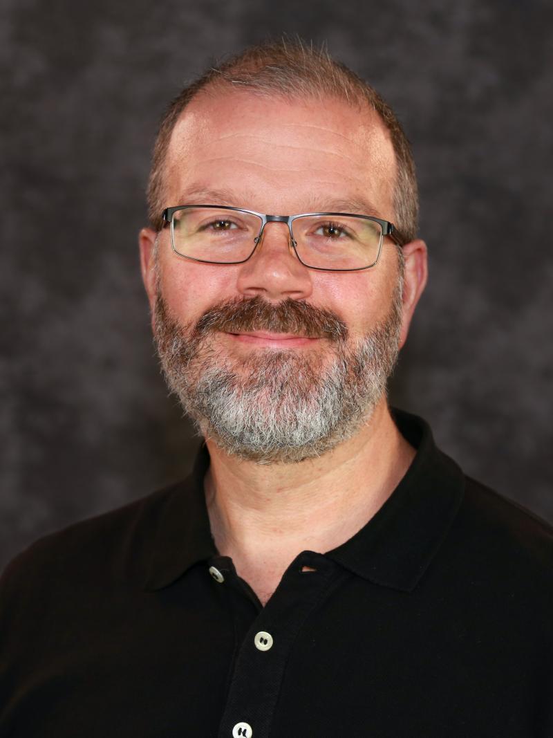 Portrait of Derek Hansford